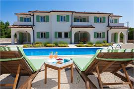 Villas and holiday houses Adria Villas, Kras