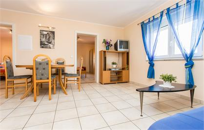 Appartement 4+1 Person, Cony
