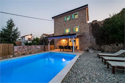 Villas and holiday houses Antiqua, Risika